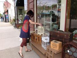 Shopping on Franklin Street in Watkins Glen
