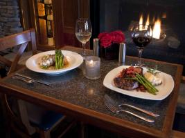 Romantic dining at Blue Pointe Grille