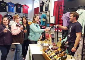 Friday on Franklin wine sampling