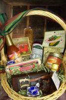 Shtayburne Farms cheese basket